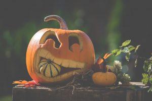 Halloween Hollow pop-up show