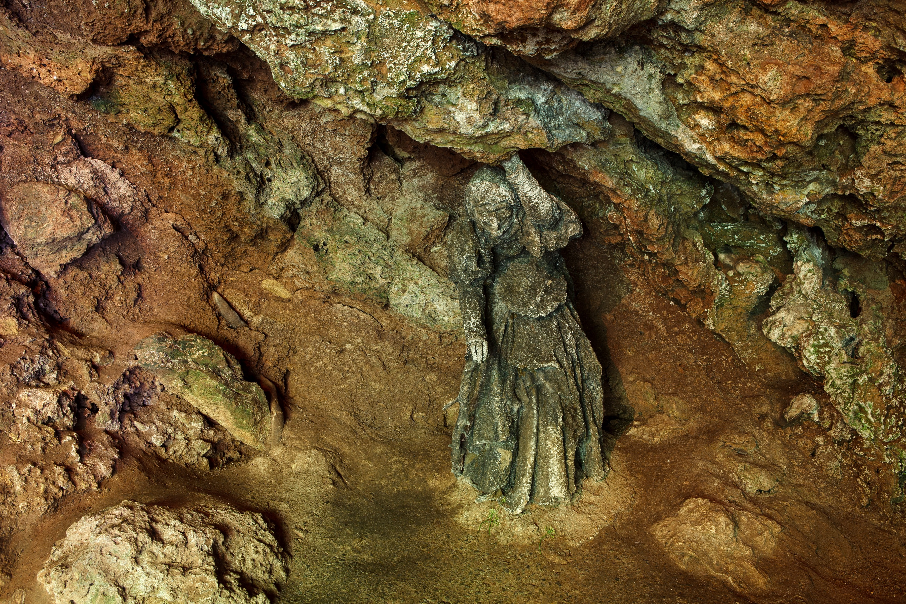Mother Shipton's Cave 7